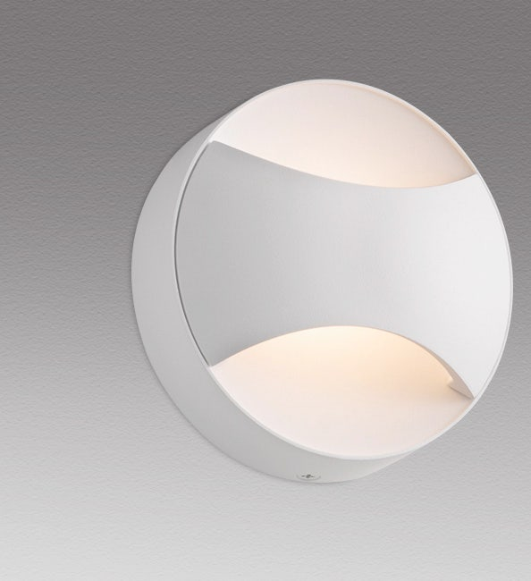 sonneman Toma LED Sconce outdoor